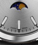 Manhattan 40 Moonphase Polished - Ice Grey Limited Edition Horlogewatch.nl